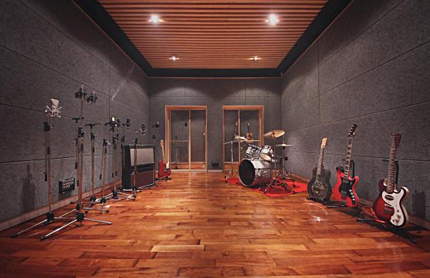 main_room